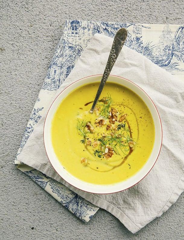 como-servir-sopa